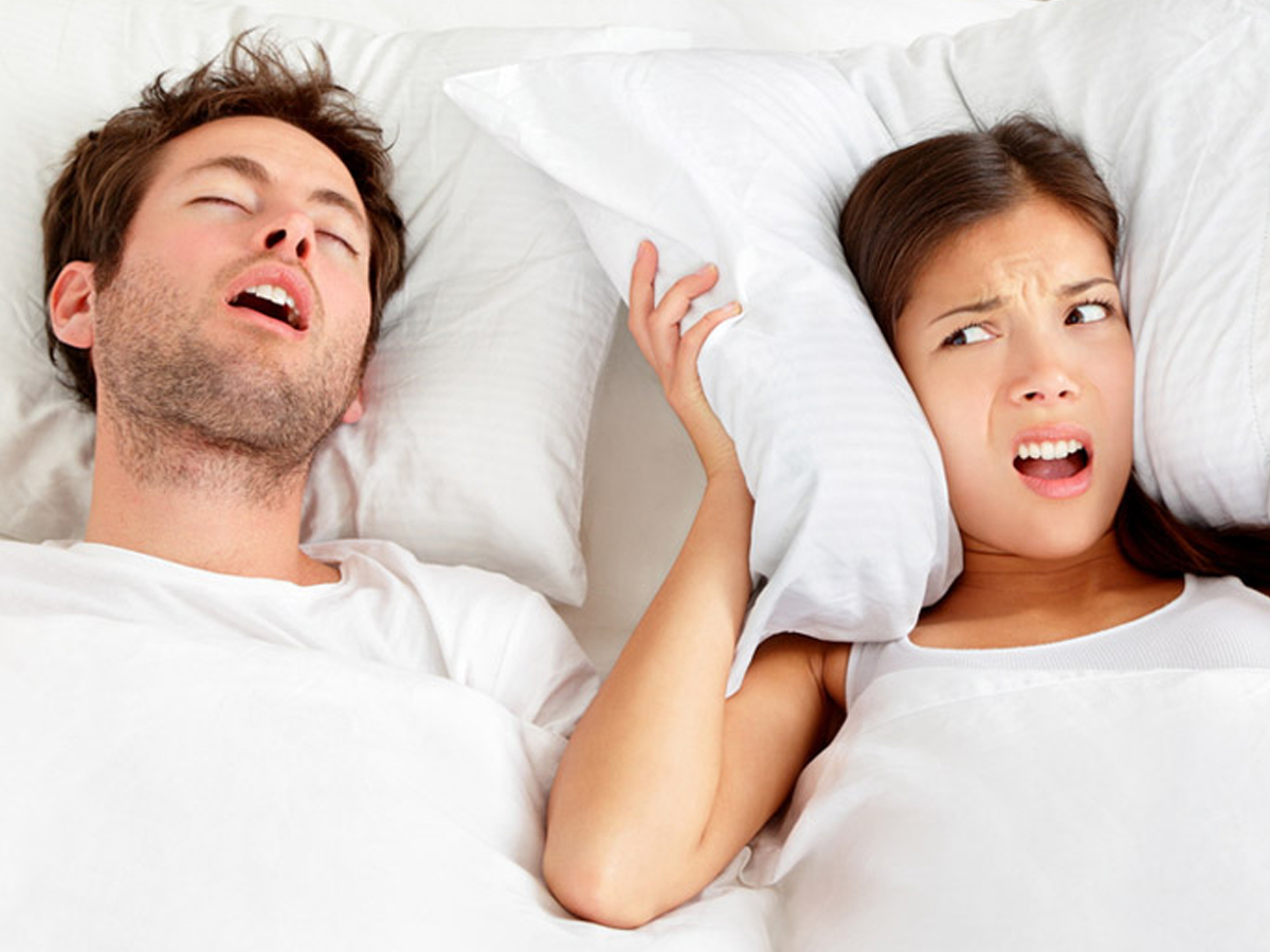 SleepRate Survey: Your Dates Want to Know if You Snore